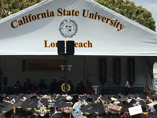 アメリカの大学の卒業式