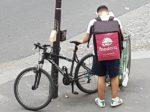 フランスのデリバリーサービスが自転車配達なのはエコだから?実際に頼んでみた