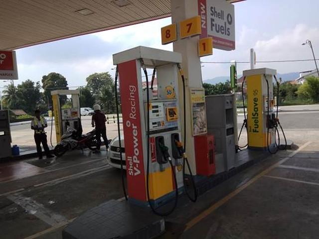 マレーシアのガソリンスタンド