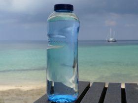 ウォーターボトル(water bottle)