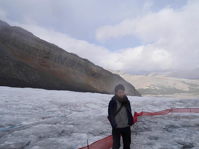 厚さ300mの氷河
