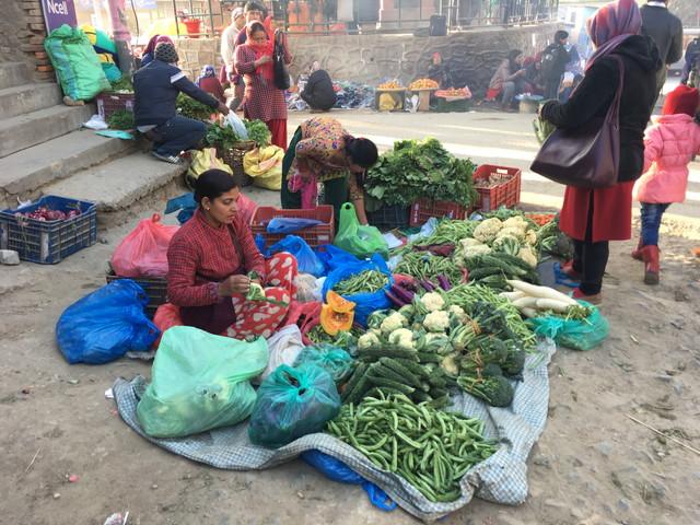 ネパールの野菜市場