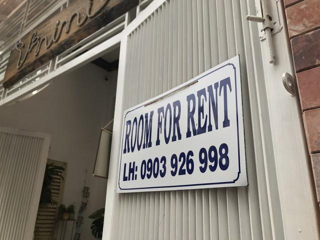貸出中の部屋(Room-For-Rent)