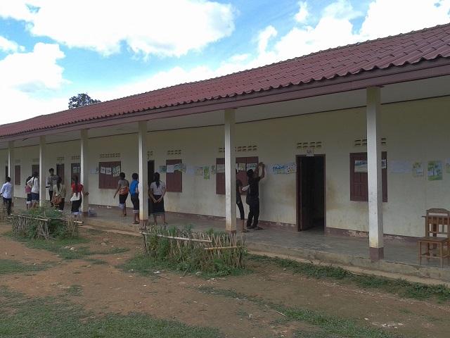 ラオスの学校
