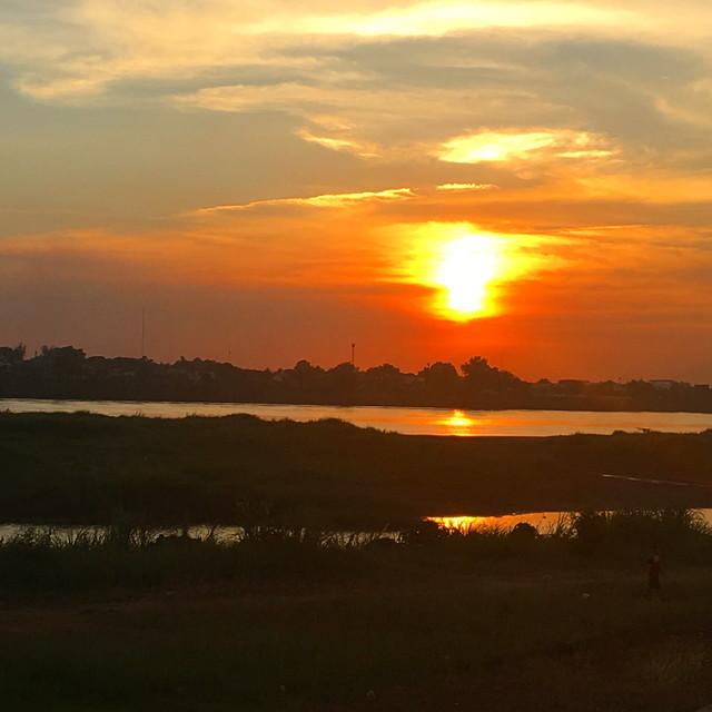 ラオスの夕日
