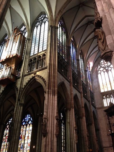 ケルン大聖堂は内部