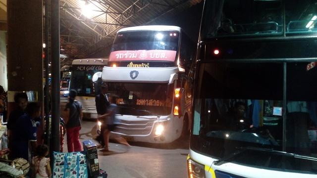 バンコクの長距離バス