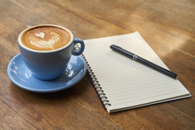 コーヒーを飲みながらの打ち合わせ