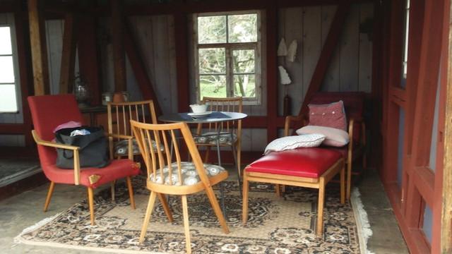 オープンカフェの座席