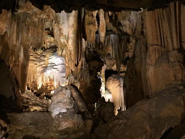 ルーレイ洞窟