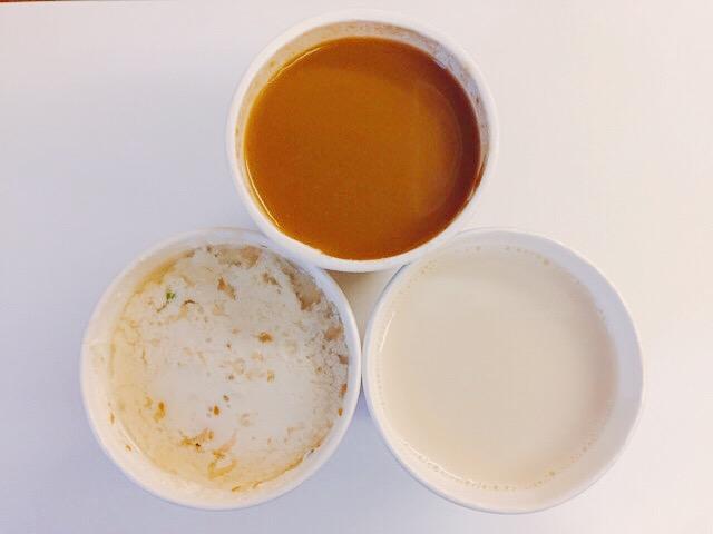 豆漿(ドウ・ジャン)、鹹豆漿(シェン・ドウ・ジャン)、米漿(ミー・ジャン)