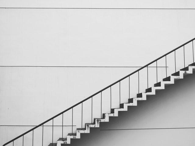 会社の階段