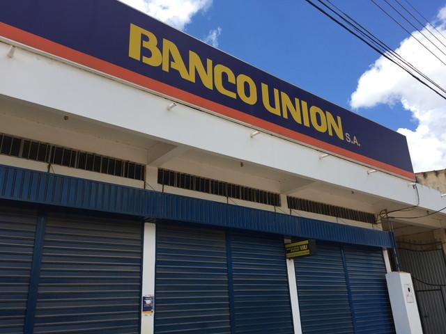 Banco unión(バンコ・ウニオン)