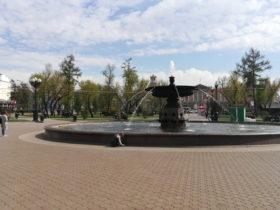 イルクーツクの中心部にあるキーロフ広場の噴水