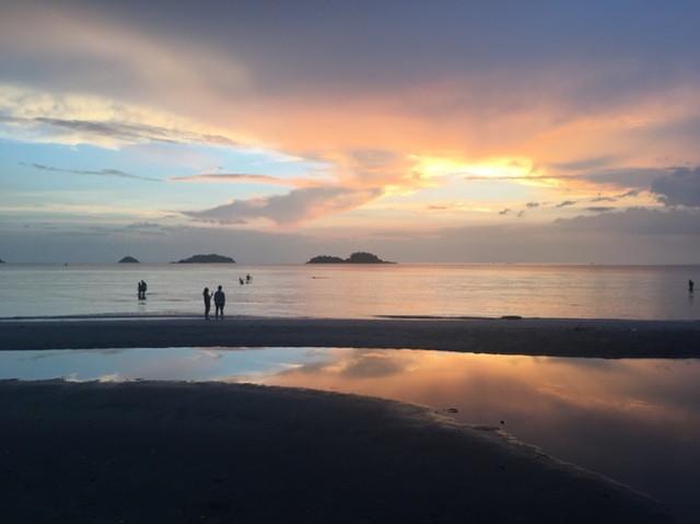 マナドのビーチ