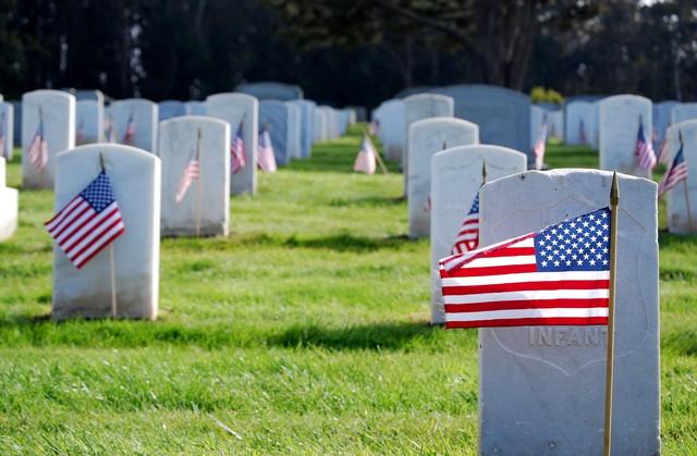 アメリカの墓地