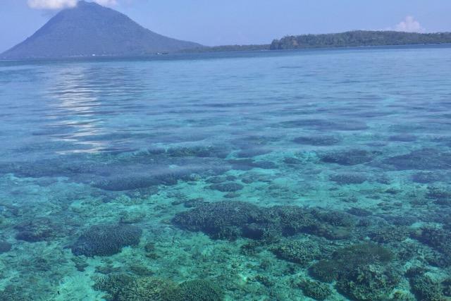 ブナケン島の海