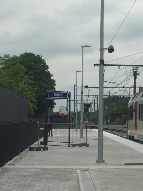 イーペル駅