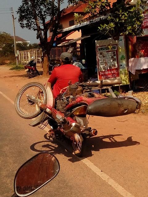 子供がバイクの運転