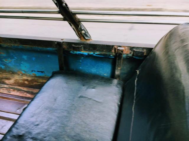 シーローの座席