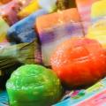 カラフルなマレーシア伝統菓子・ニョニャクエをご紹介!おすすめはコレ!