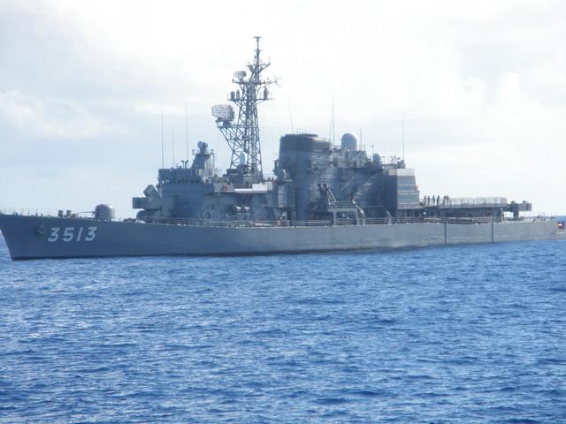 護衛艦の写真