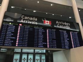トロント・ピアソン国際空港到着ロビー
