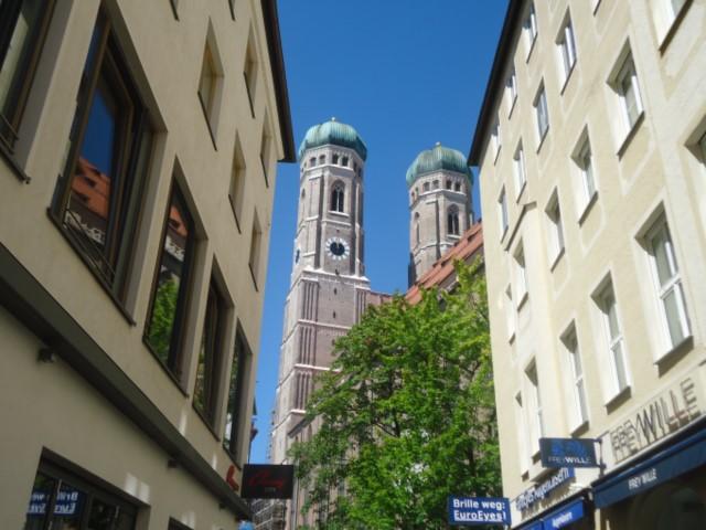 フラウエン教会(Frauenkirche/フラウエンキルヒェ)