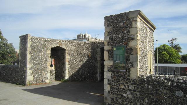 聖アウグスティヌス修道院跡