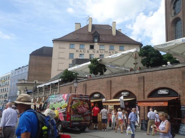 ヴィクトアリエン市場(Viktualienmarkt)