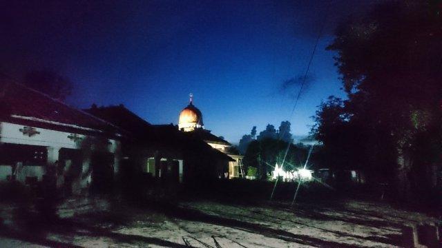 早朝の教会