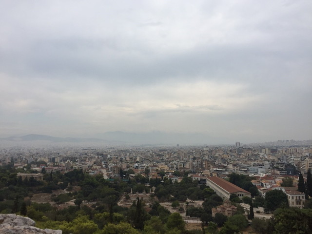 夏のアテネ