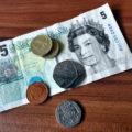 ロンドンの日系旅行会社で働く私のお給料事情。収入と支出の割合は?