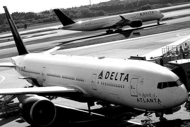 デルタの飛行機