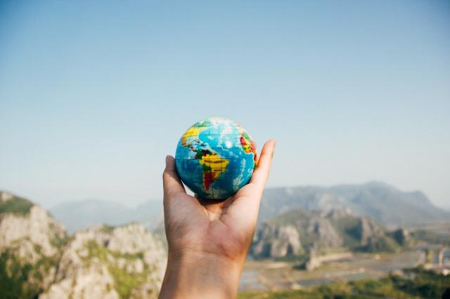 夏休みで留学しよう!サマープログラムのメリット、費用、探し方