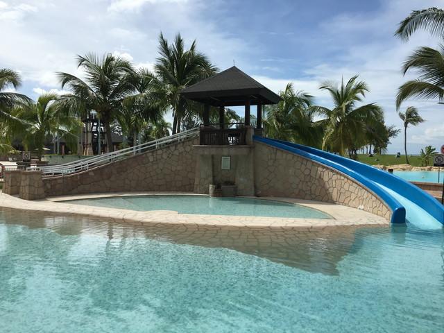 ザ・エンパイアホテルのプール