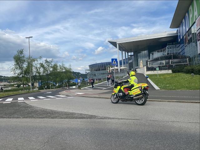 バイクスタイルの救急車